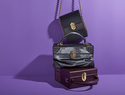 Leather handbags and shoulder bags from Bertoni 1949 Autumn Winter 2017 collection