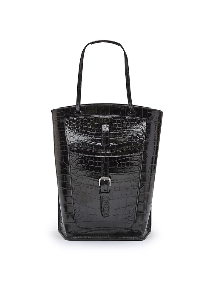The black alligator Arizona bucket bag by Bertoni 1949