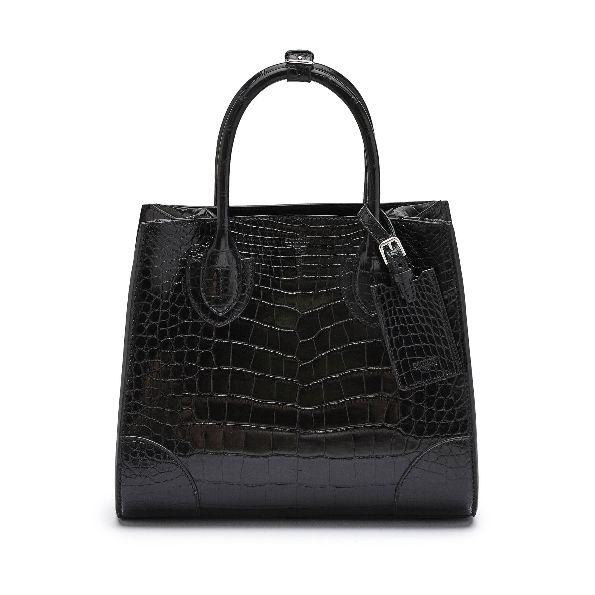 The black alligator Darcy medium bag by Bertoni 1949 02