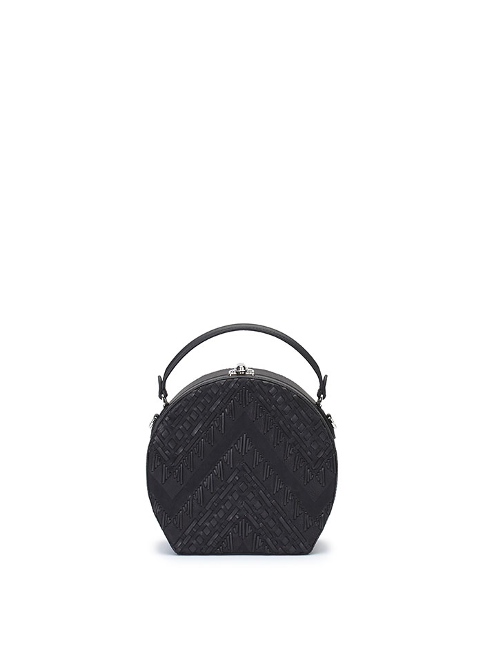 The black braided soft calf Regular Bertoncina bag by Bertoni 1949
