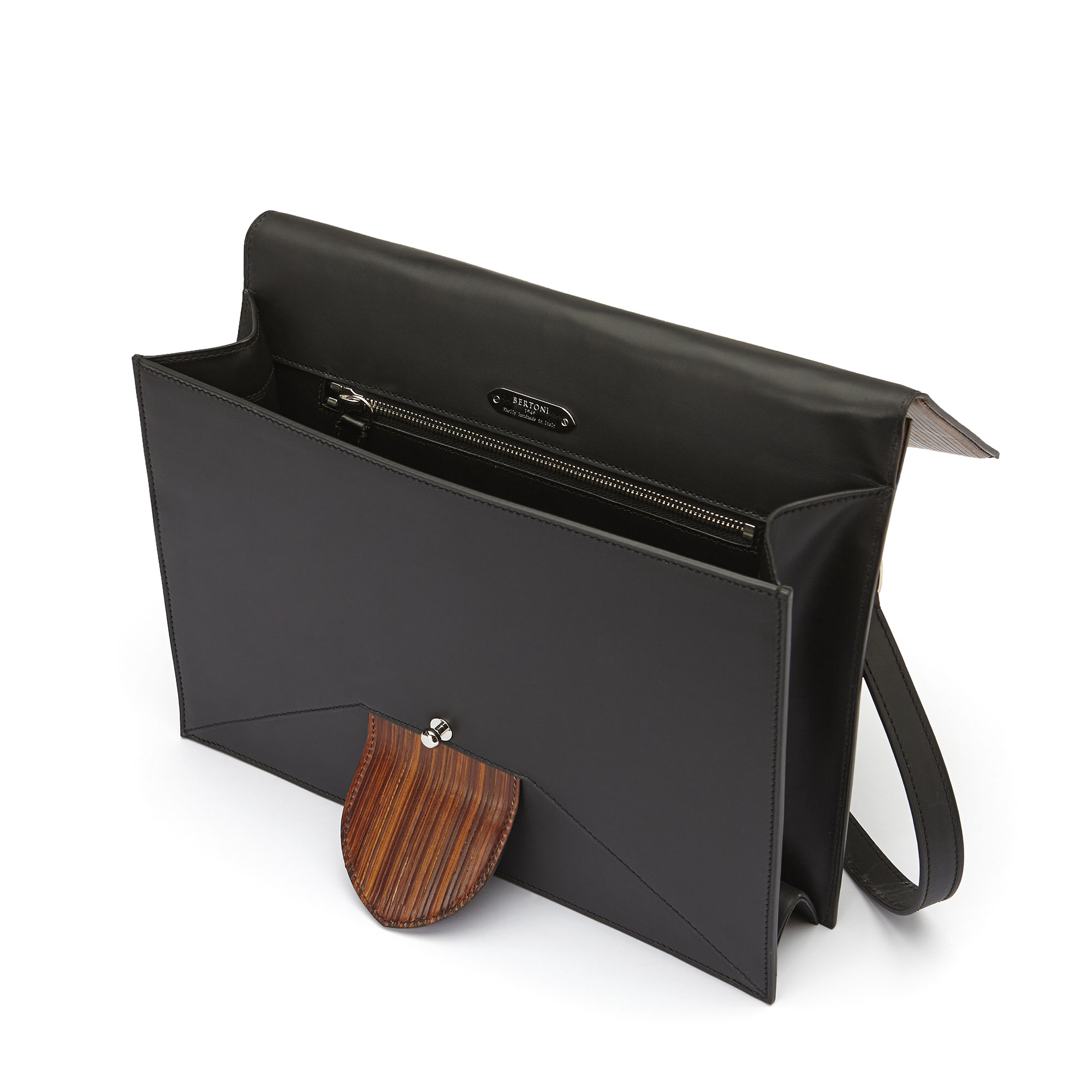 The black and brown wood leather, french calf Dafne bag by Bertoni 1949 04