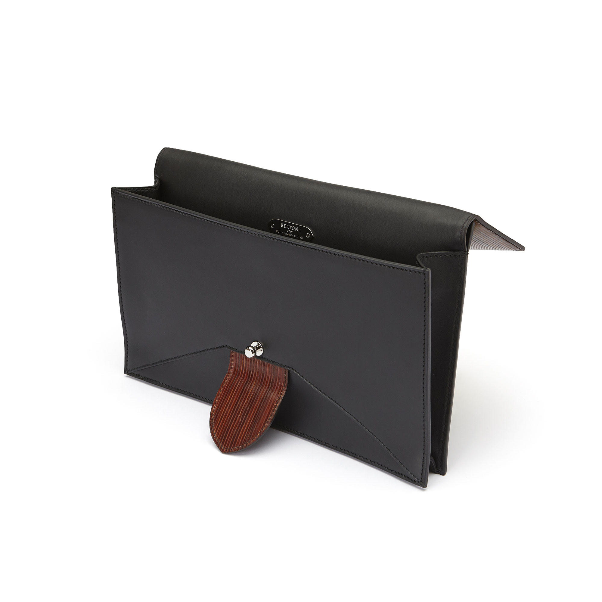The black and brown wood leather, french calf Dafne Clutch bag by Bertoni 1949 04