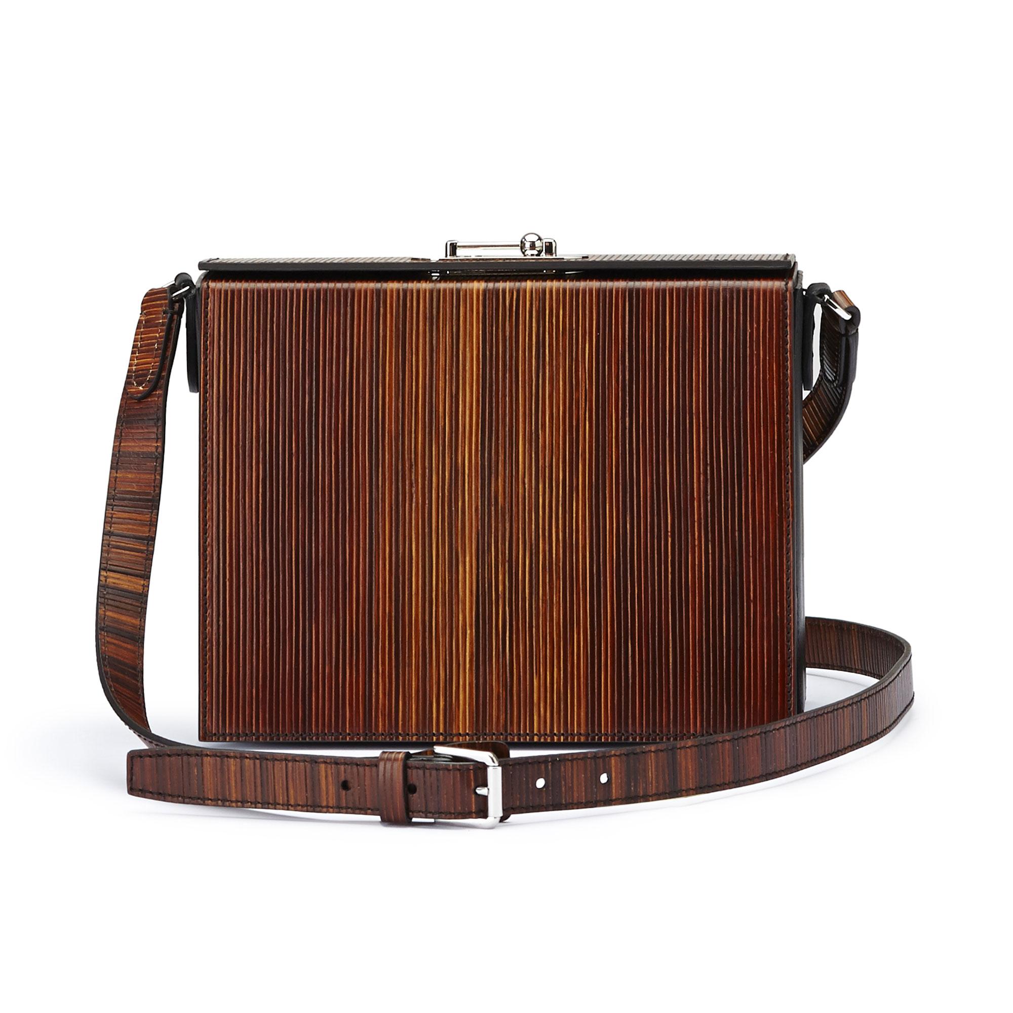 The black effect wood leather french calf Gemma Crossbody bag by Bertoni 1949 01