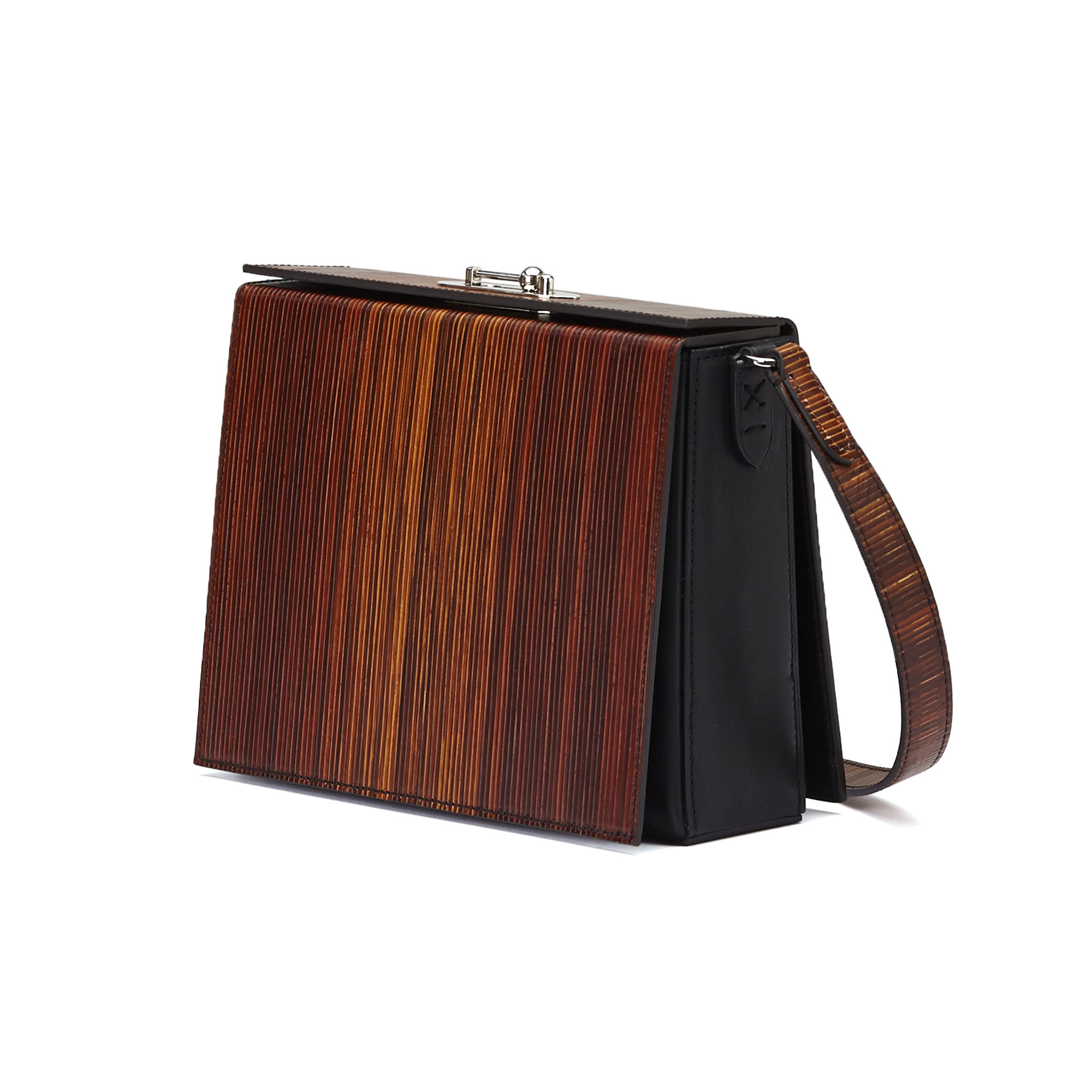 The black effect wood leather french calf Gemma Crossbody bag by Bertoni 1949 02
