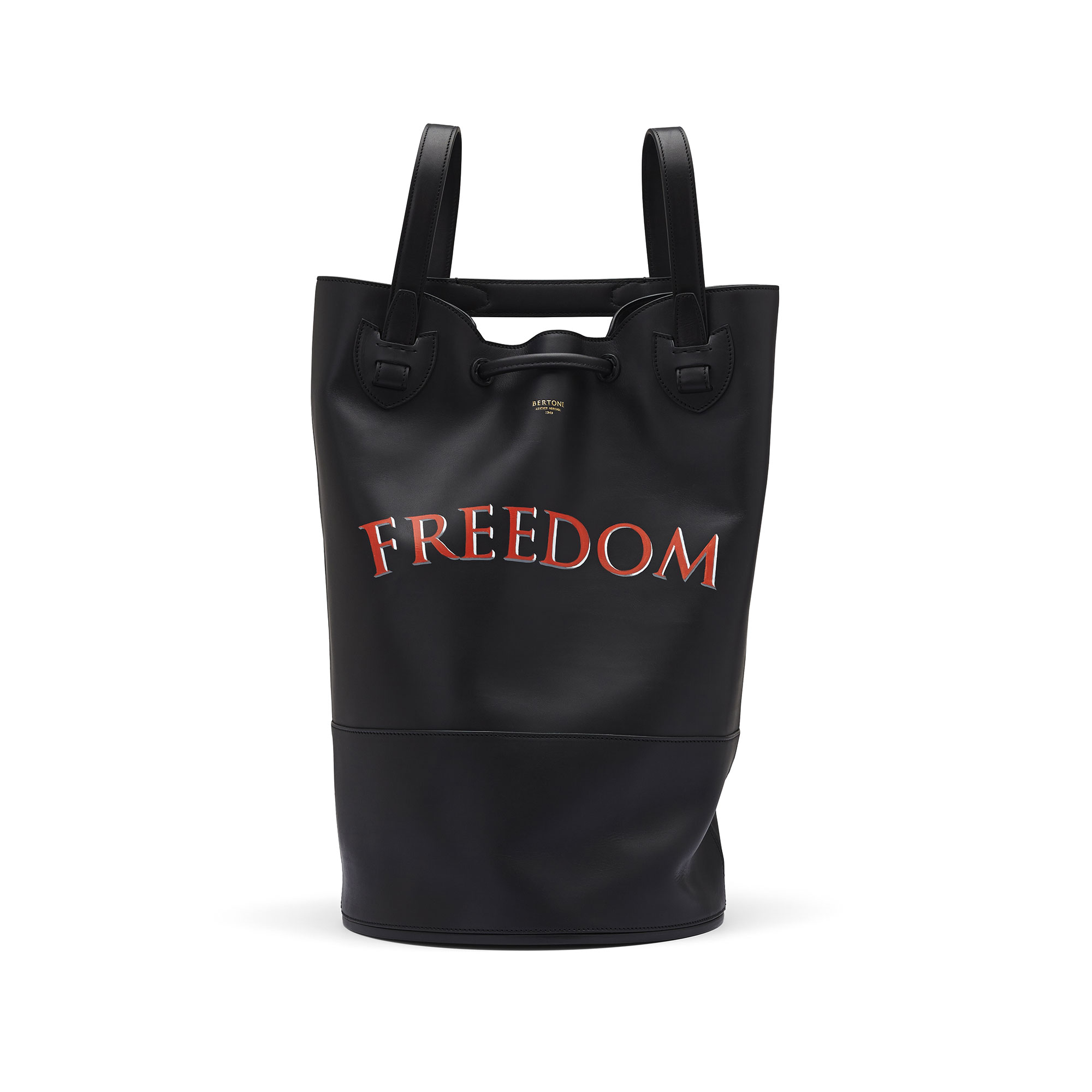 The black freedom french calf Marine Sac by Bertoni 1949 01