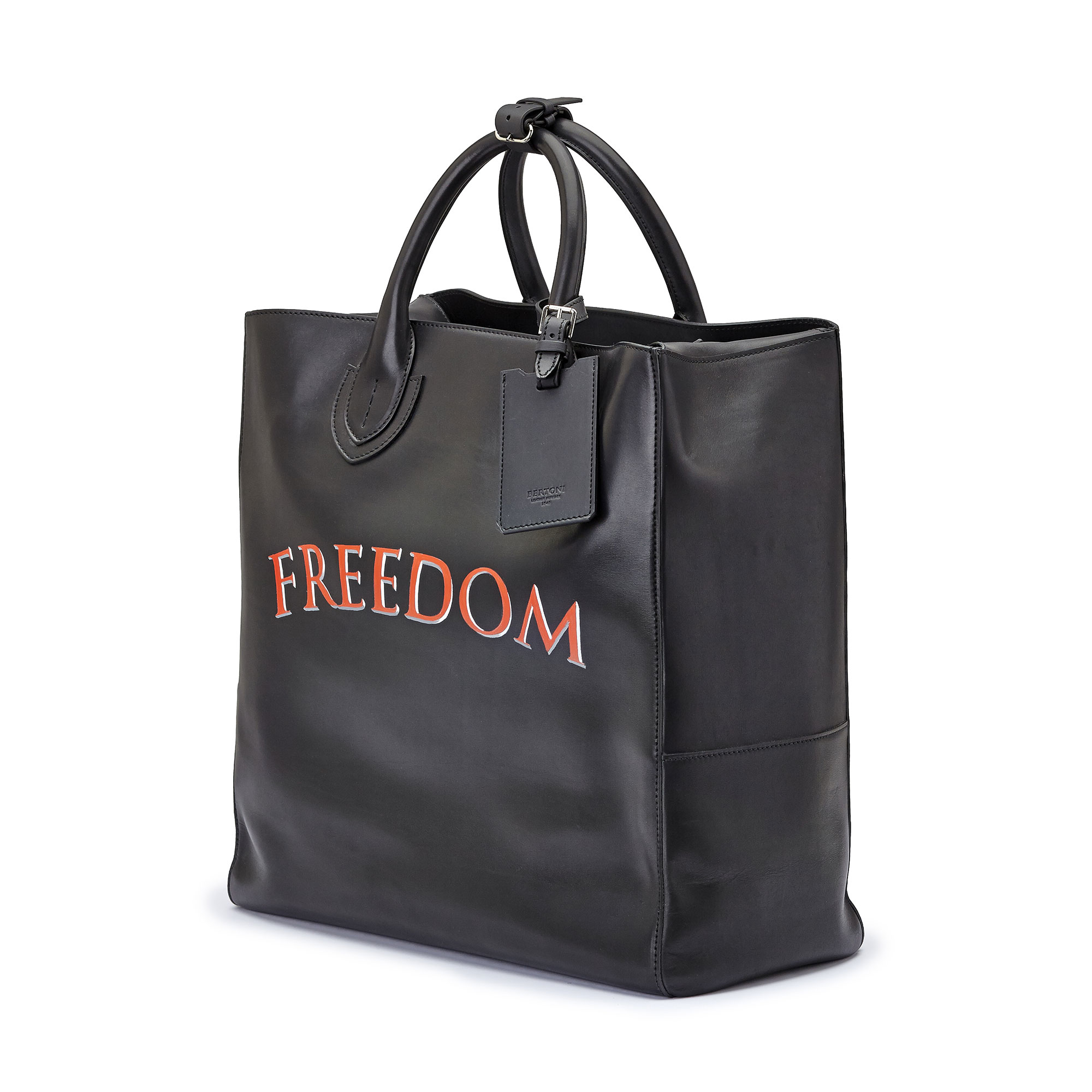 The black freedom french calf Pluto Tote Large by Bertoni 1949 02