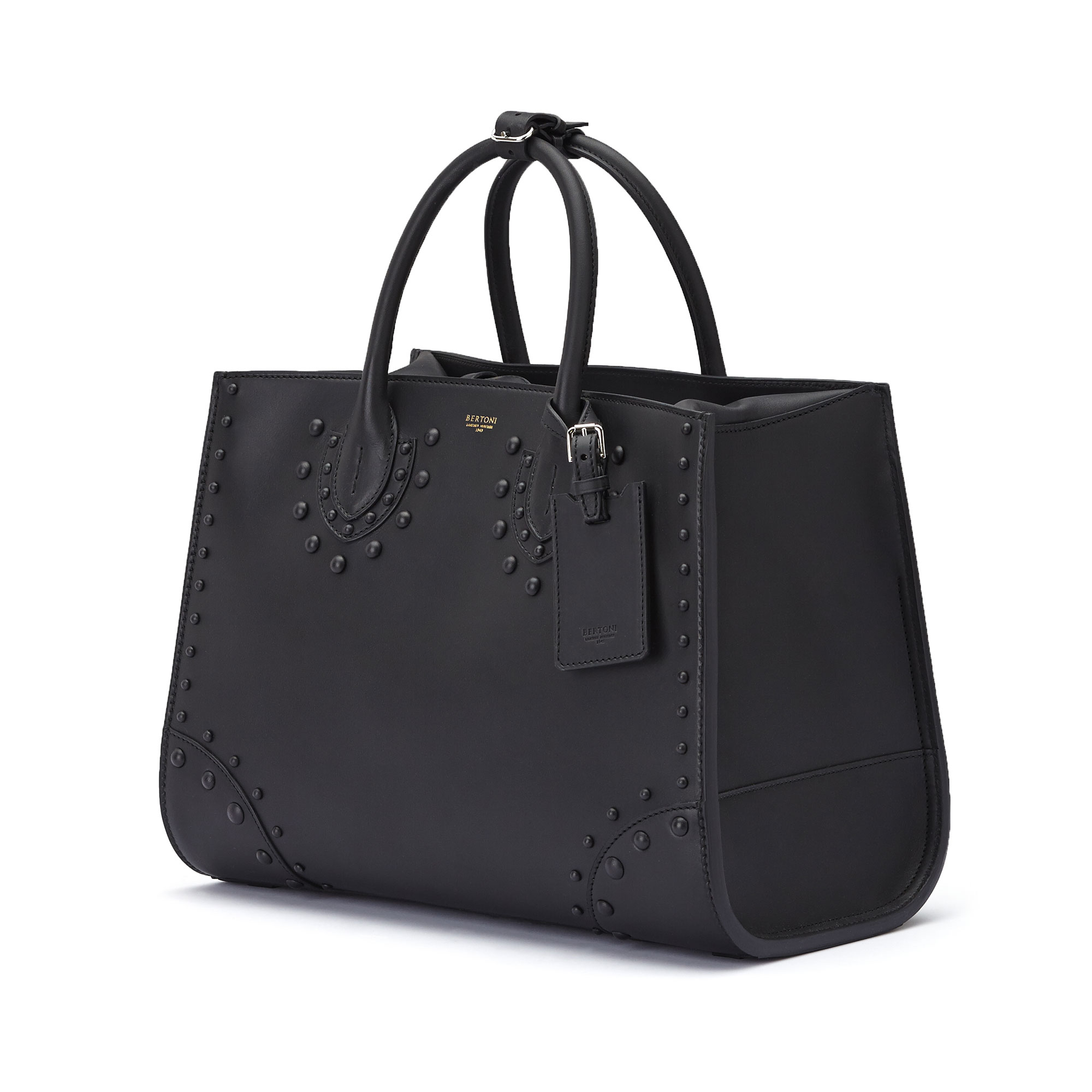 The black french calf Darcy large bag by Bertoni 1949 03