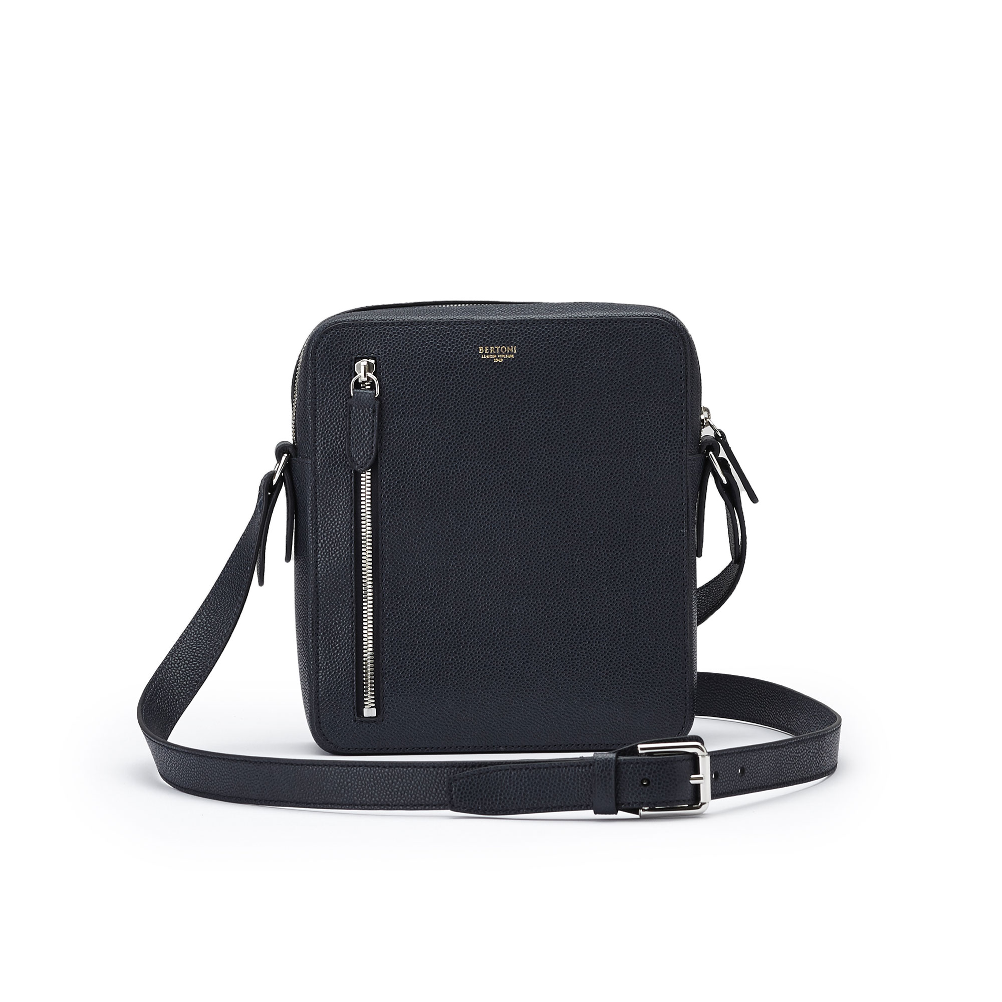 The black french calf Man Bag by Bertoni 1949 01