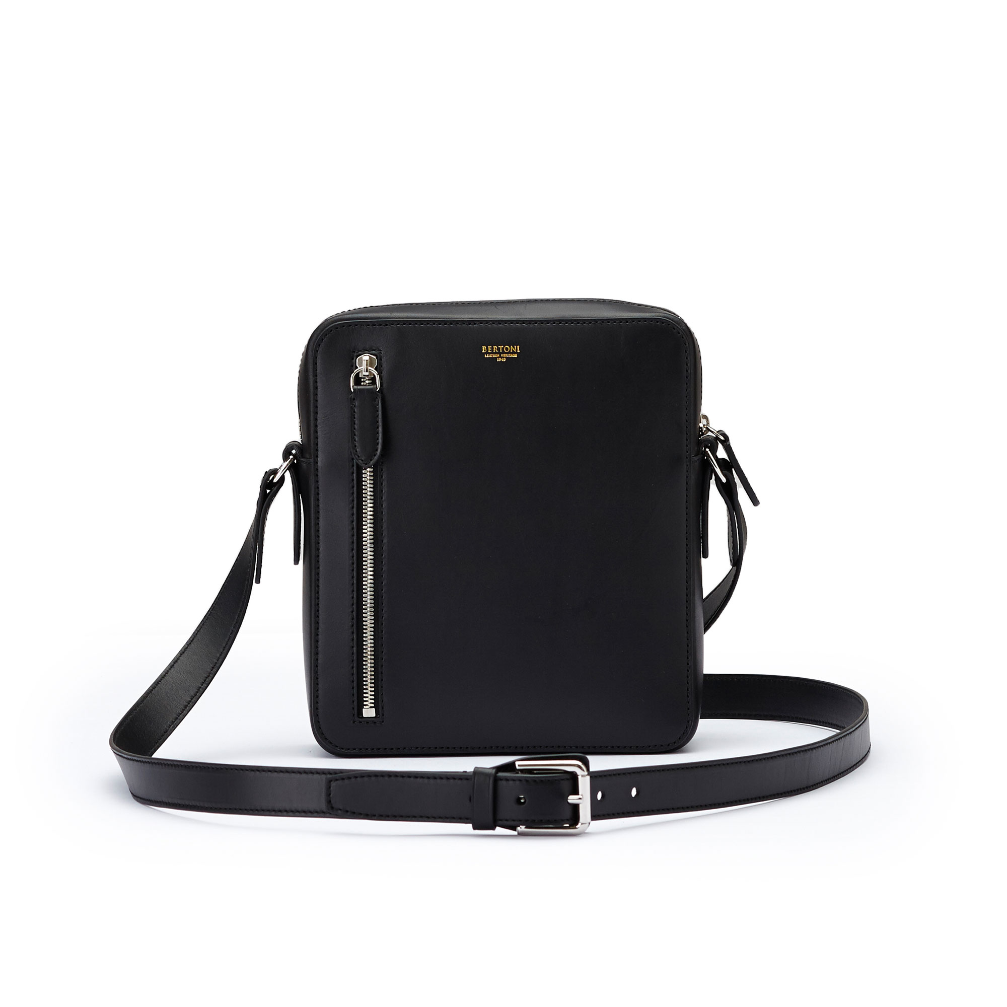 The black french calf Man Bag by Bertoni 1949 02
