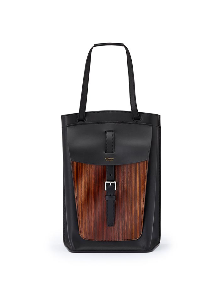 The black french calf, wood leather Arizona bucket bag by Bertoni 1949