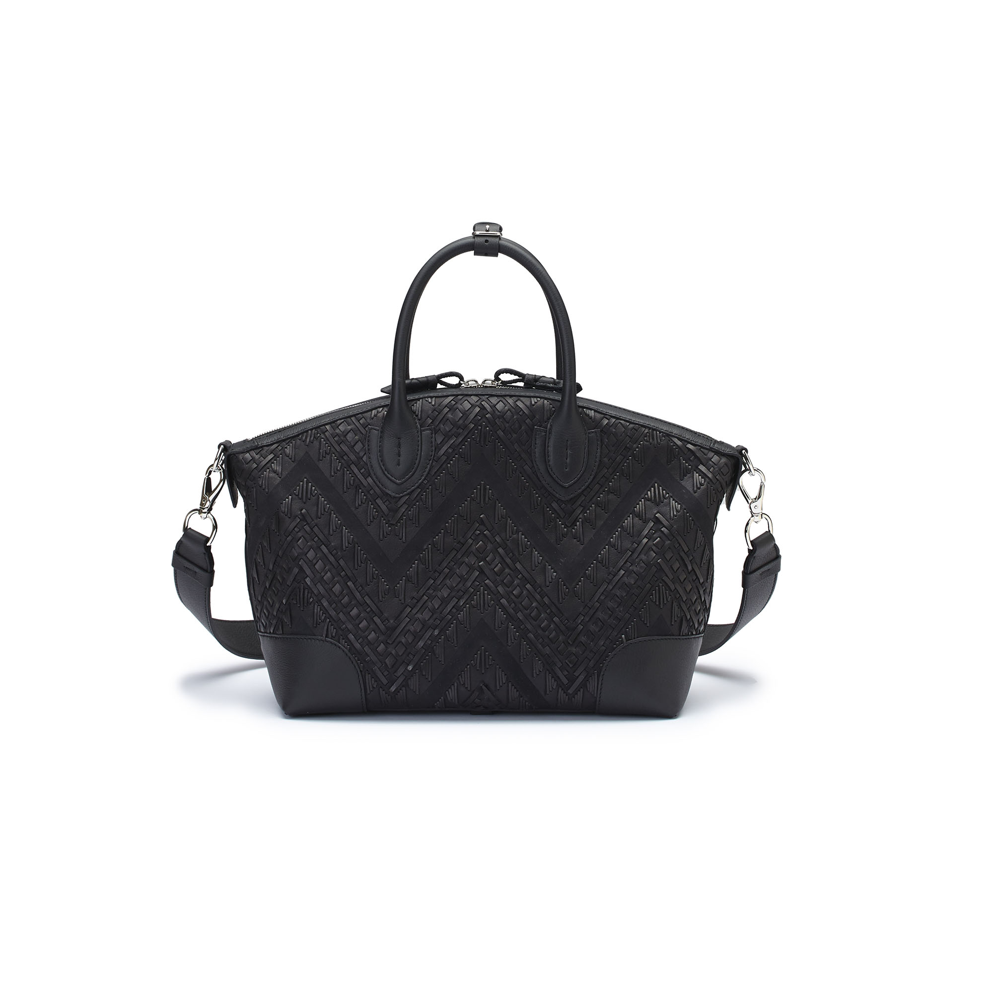 The black braided soft calf Anija bag by Bertoni 1949 02
