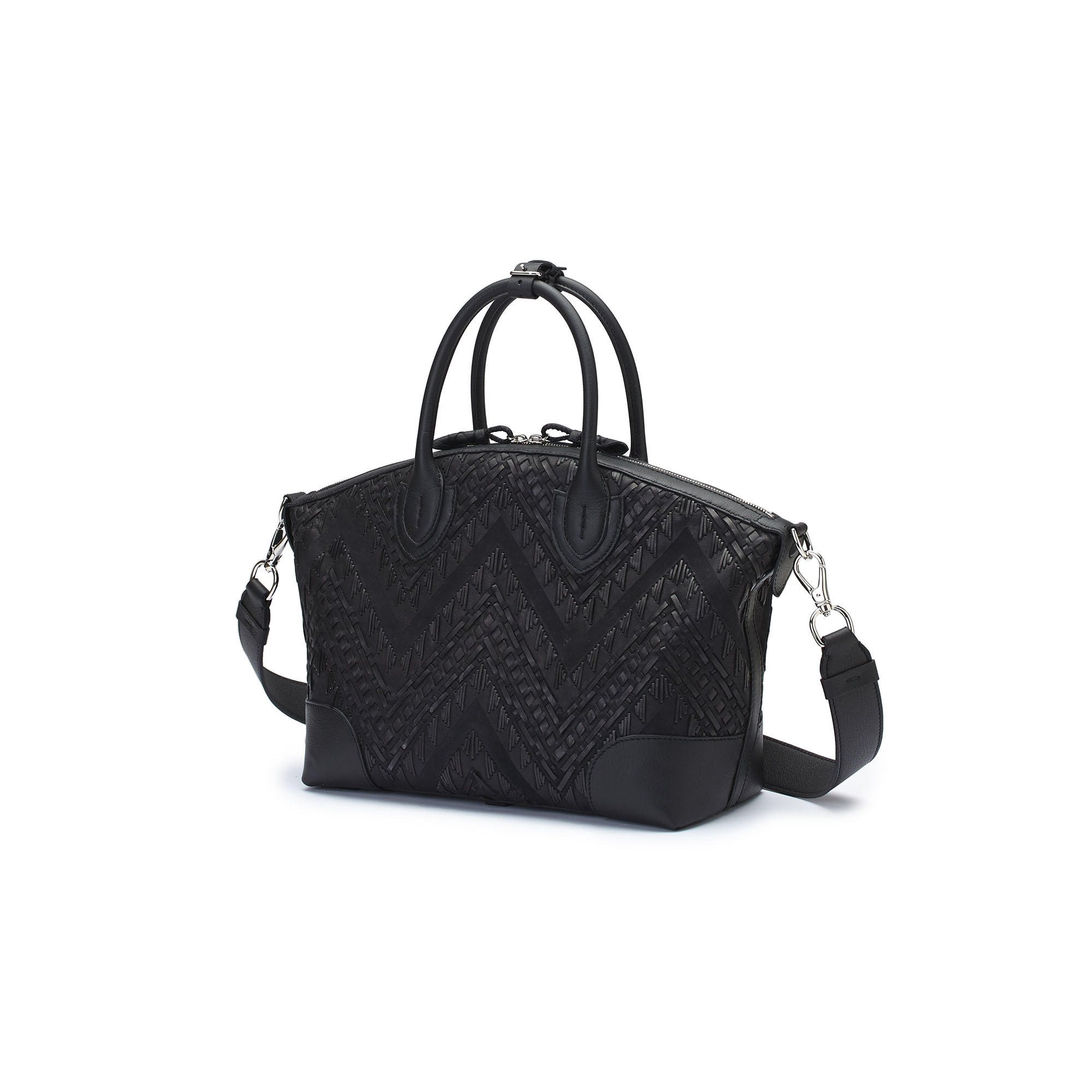 The black braided soft calf Anija bag by Bertoni 1949 03