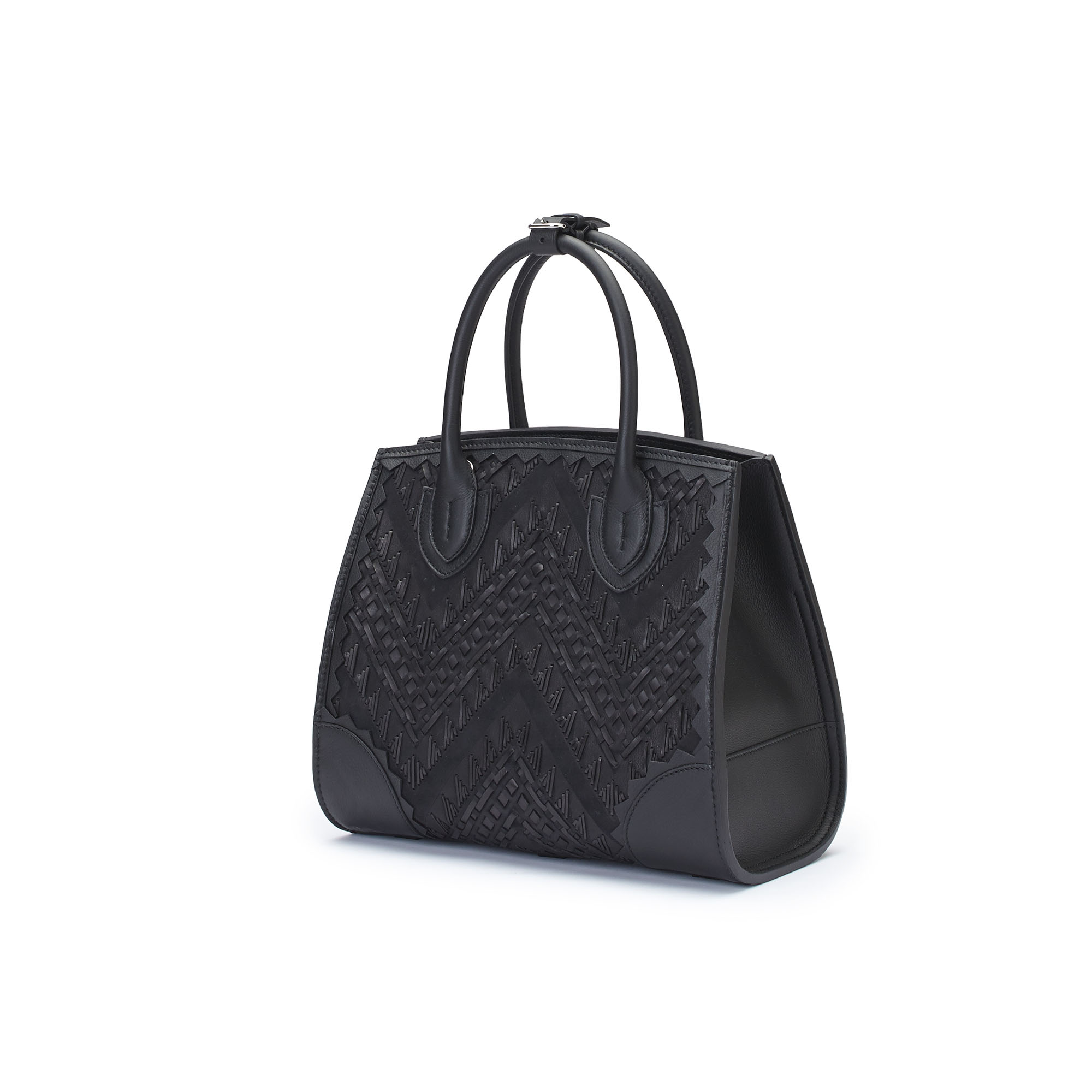 The black stranded leather with soft calf Darcy bag by Bertoni 1949 02