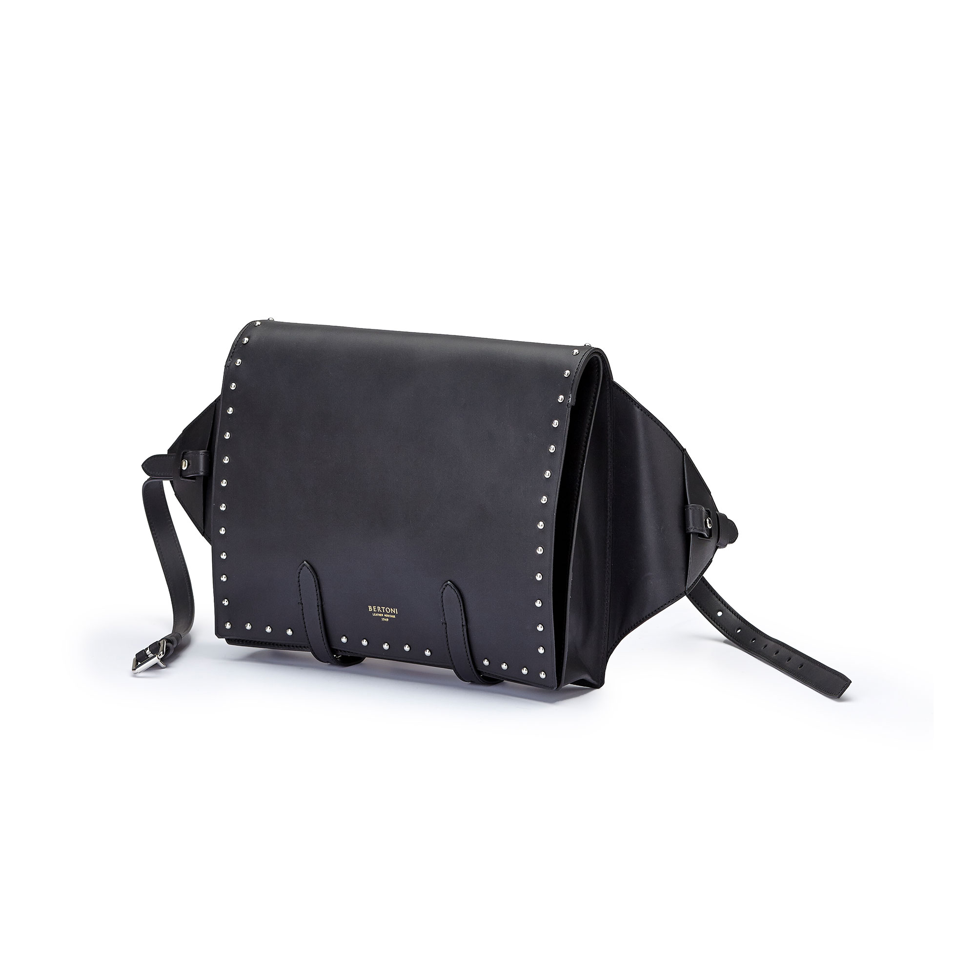 The black with studded french calf Manta Bun Bag by Bertoni 1949 03