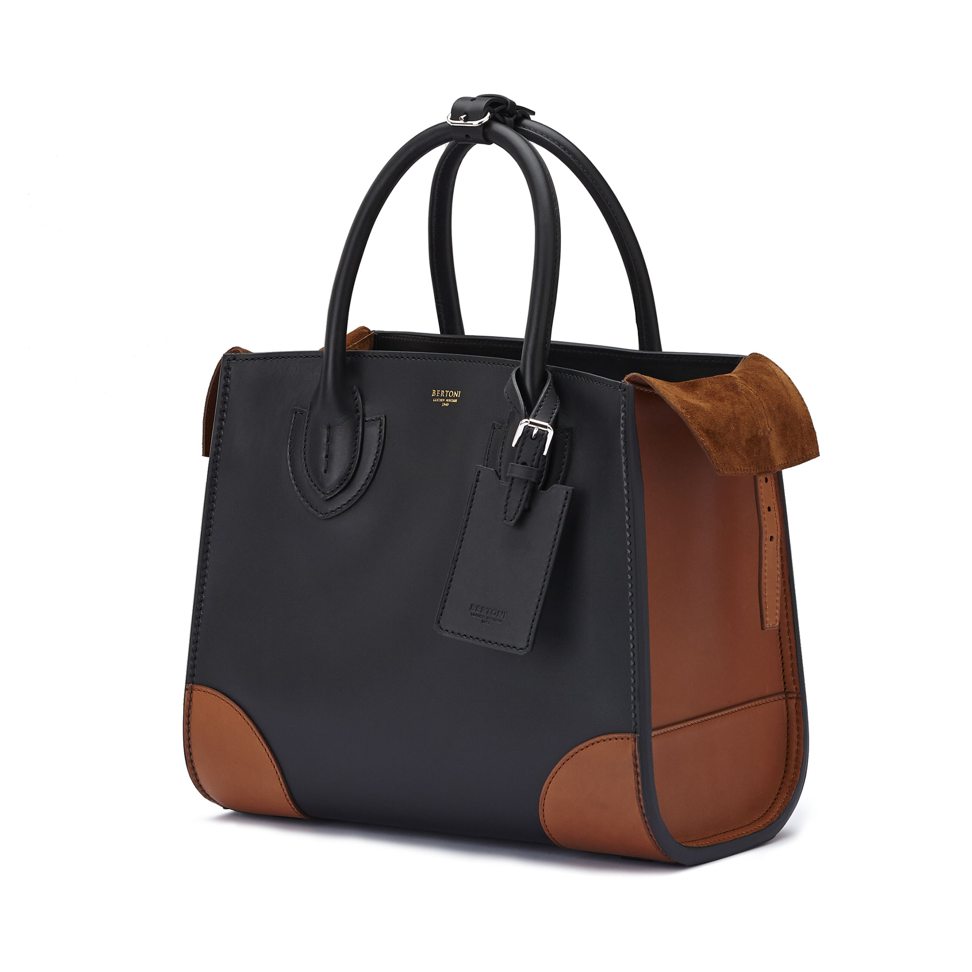 The black terrabruciata french calf Darcy large bag by Bertoni 1949 04