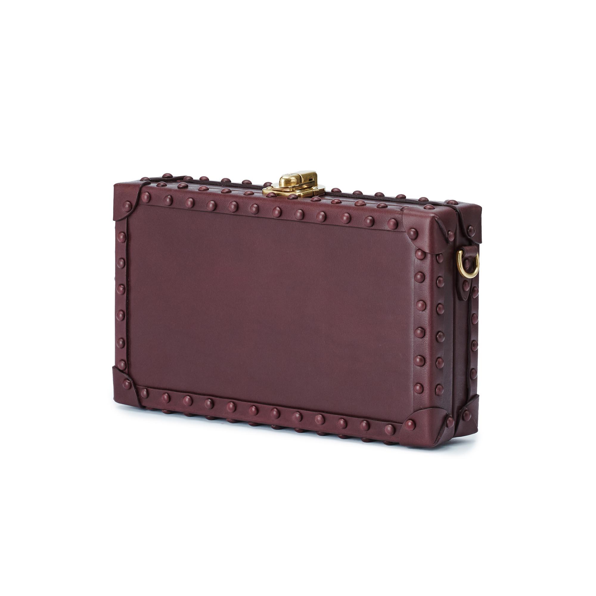 Box-Bertoncina-bordeaux-studded-french-calf-bag-Bertoni-1949_02