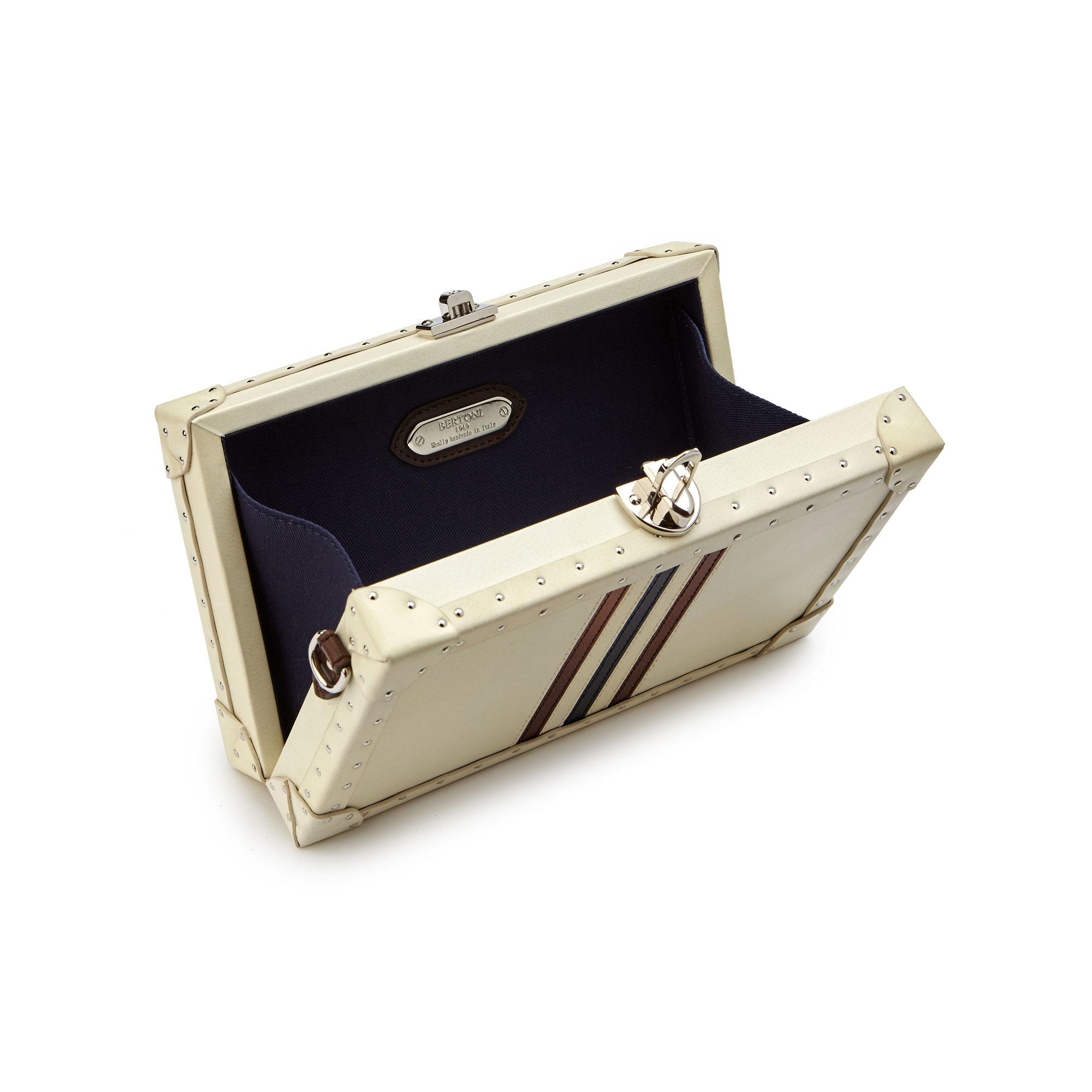 Box-Bertoncina-ivory-parchment-bag-Bertoni-1949_03