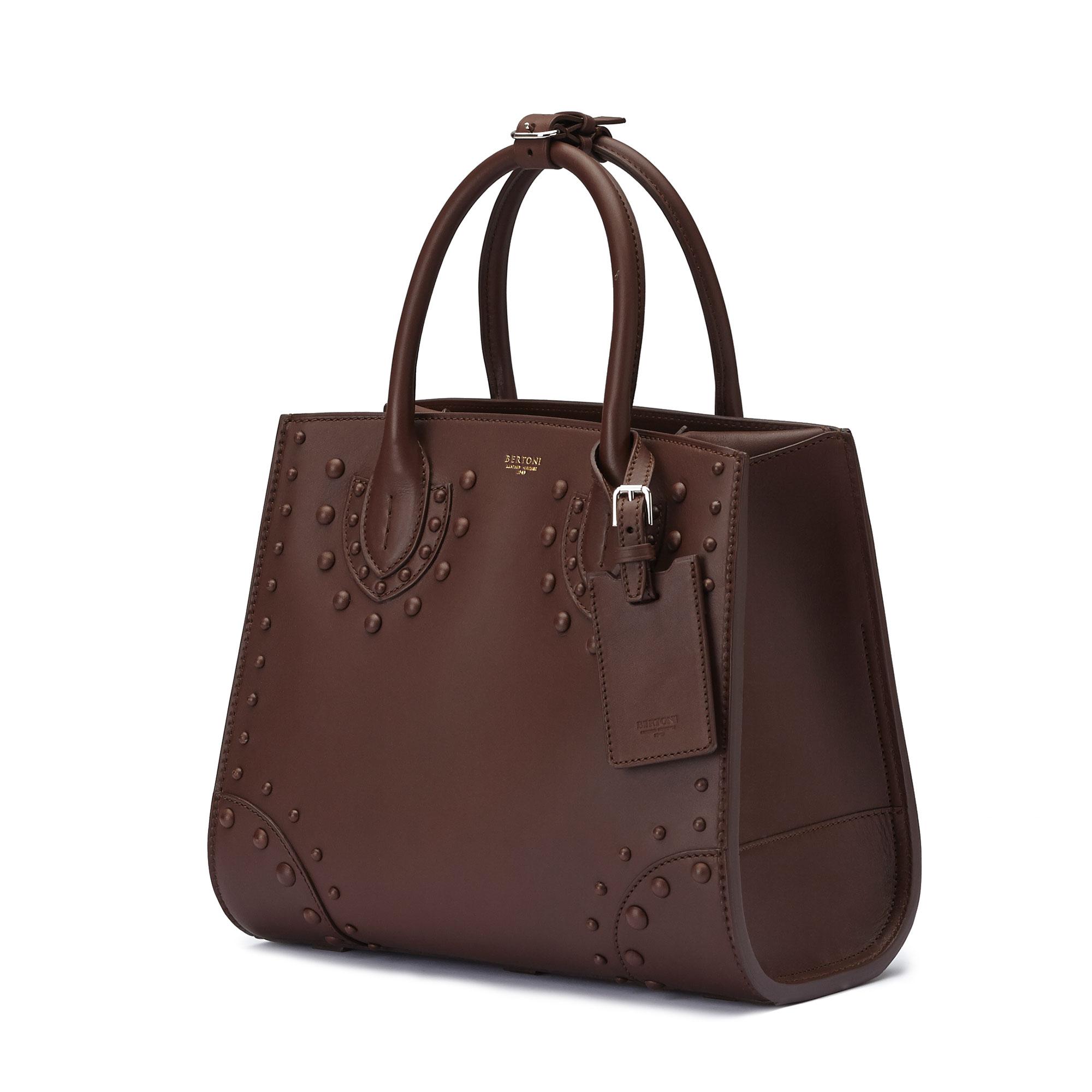 The brown french calf Darcy medium bag by Bertoni 1949 03