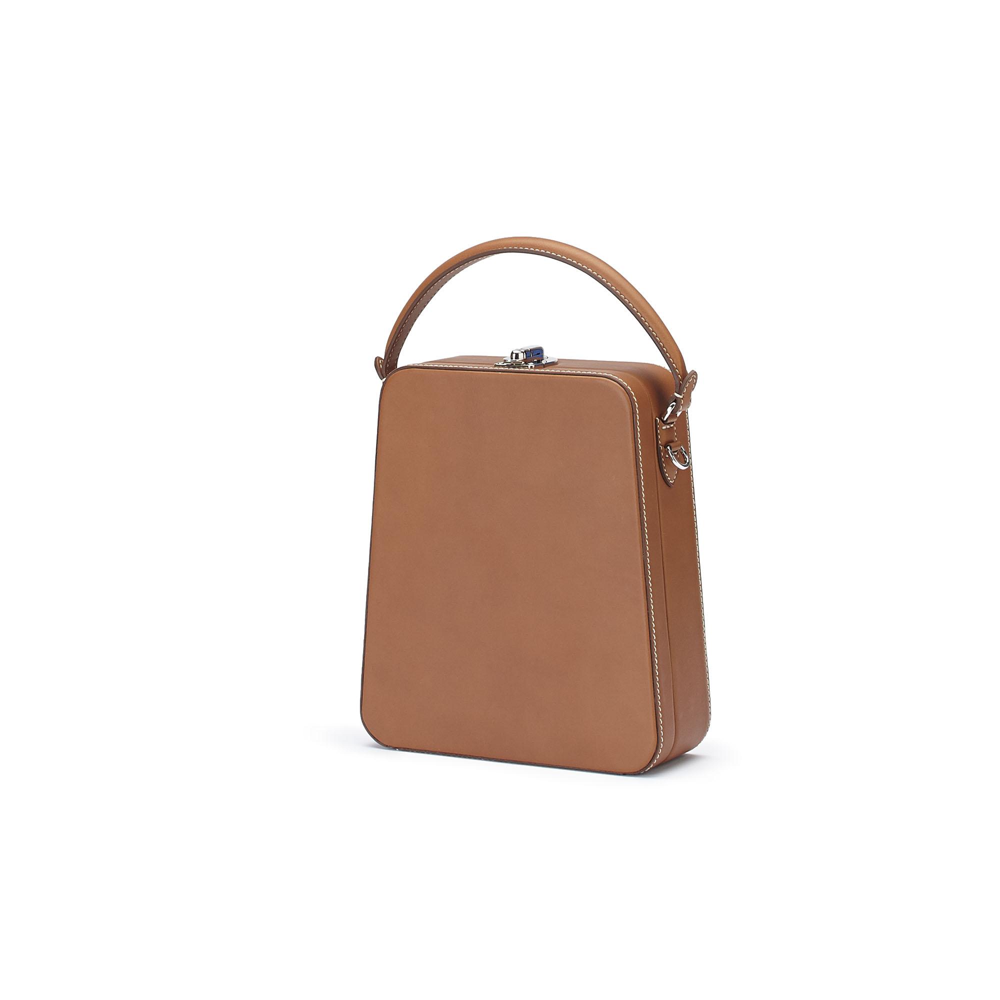 The cognac french calf Tall Bertoncina bag by Bertoni 1949 02