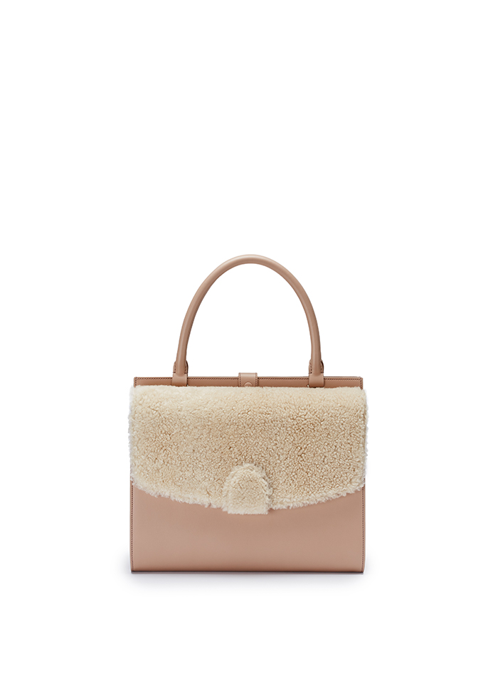 Double-Dafne-nude-rose-shearling-bag-Bertoni-1949-thumb