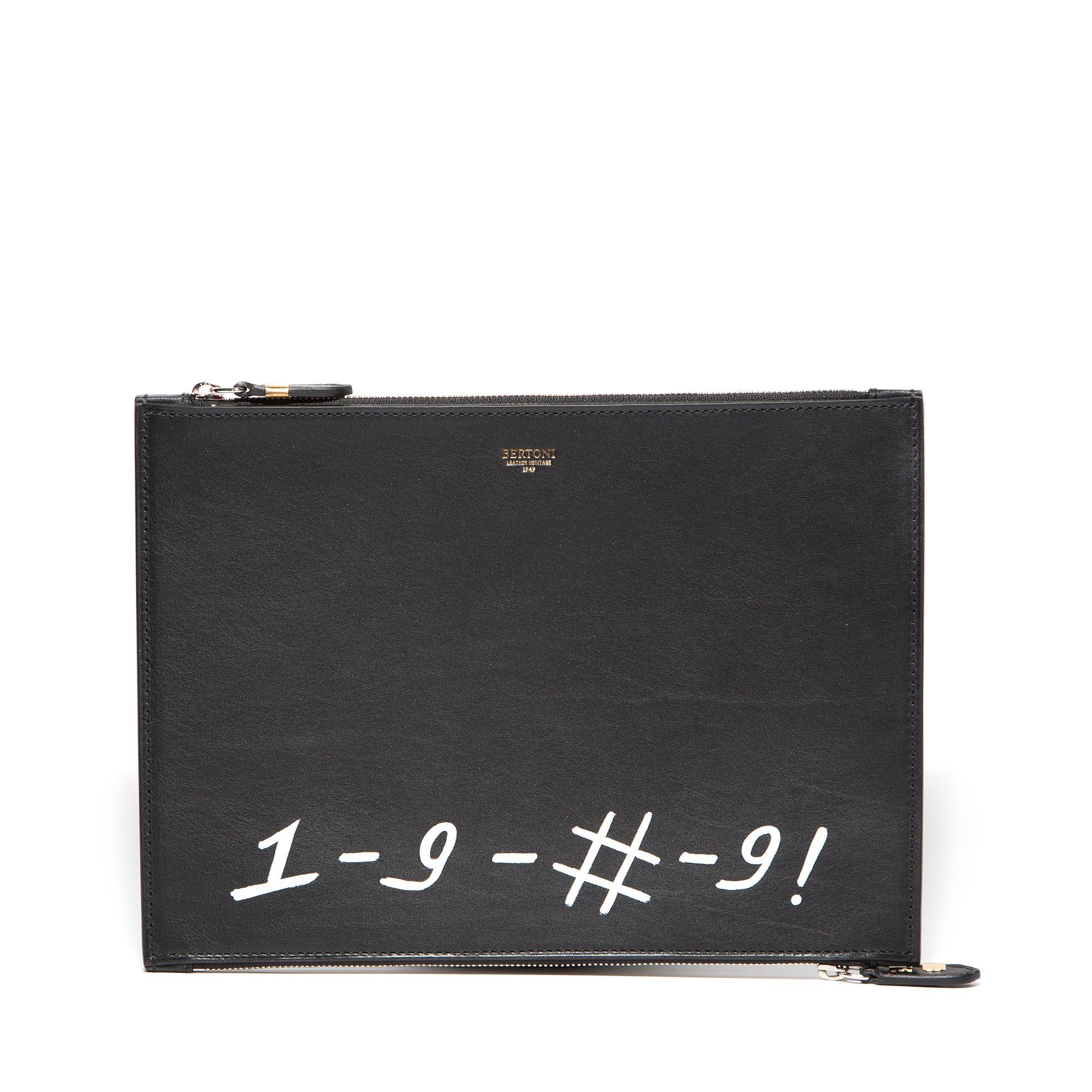 Double-Zipped-Pouch-black-rock-calf-bag-Bertoni-1949