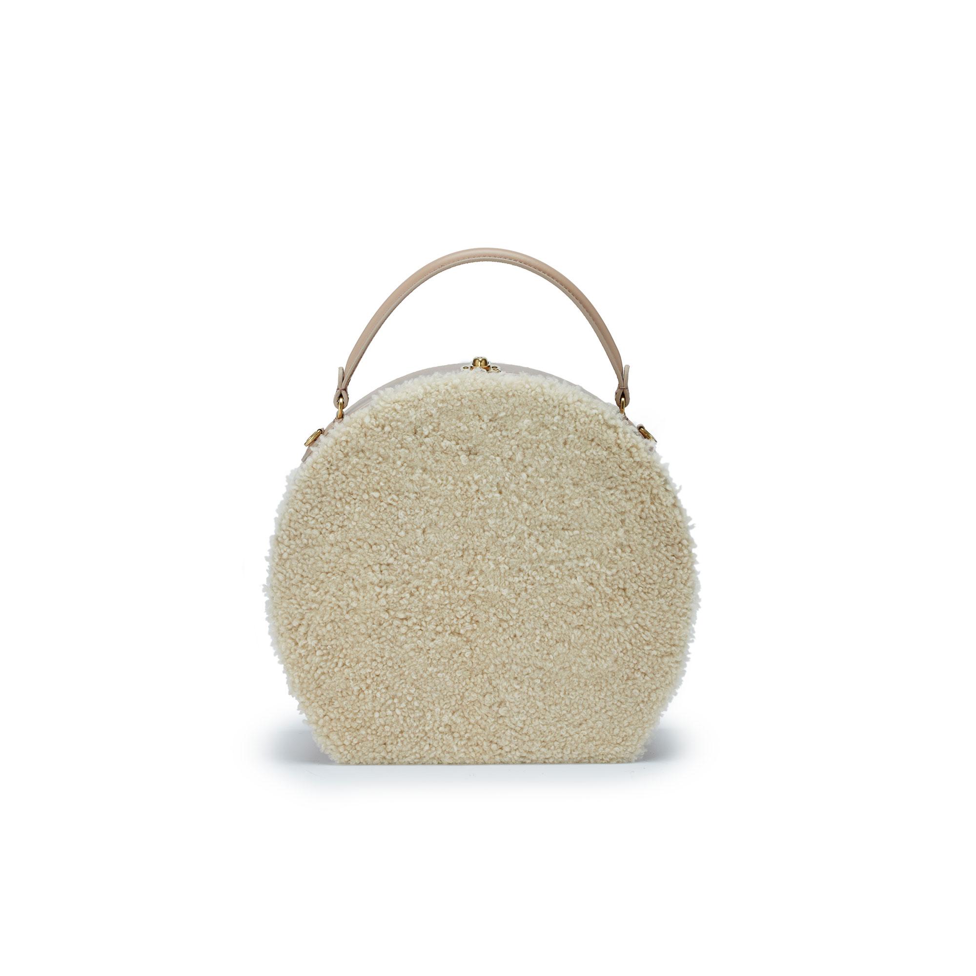 Large-Bertoncina-cream-shearling-bag-Bertoni-1949_01