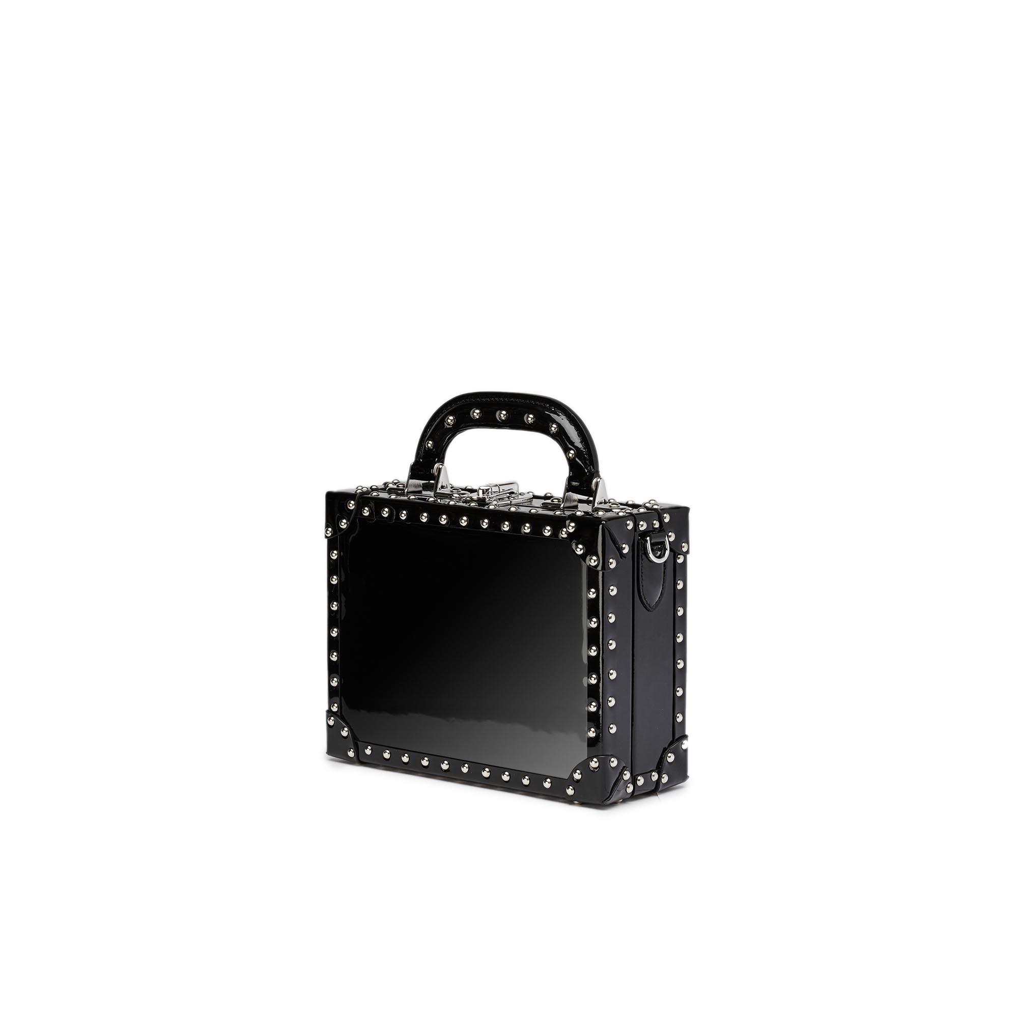 Mini-Squared-Bertoncina-black-studded-patent-leather-Bertoni-1949_02