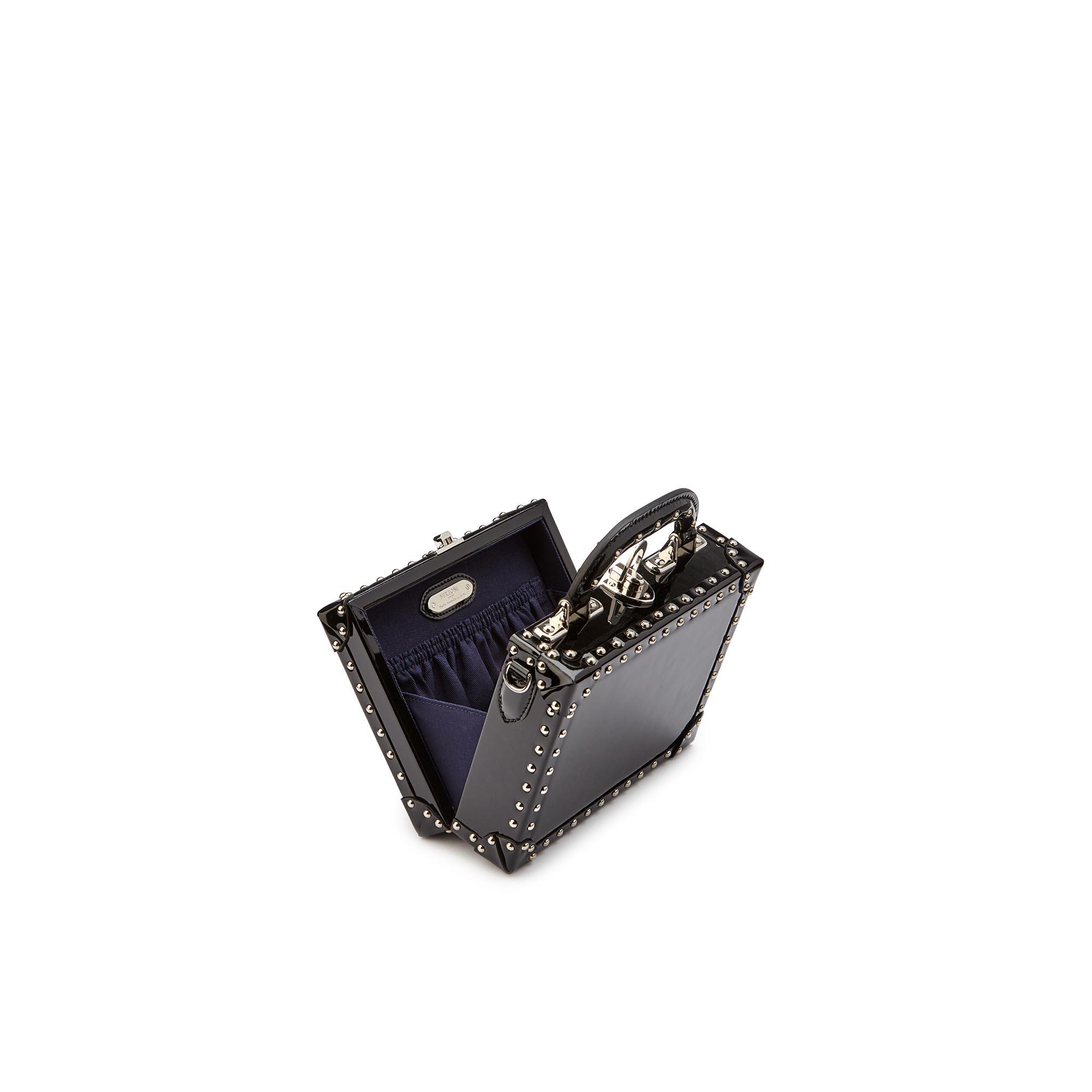 Mini-Squared-Bertoncina-black-studded-patent-leather-Bertoni-1949_03