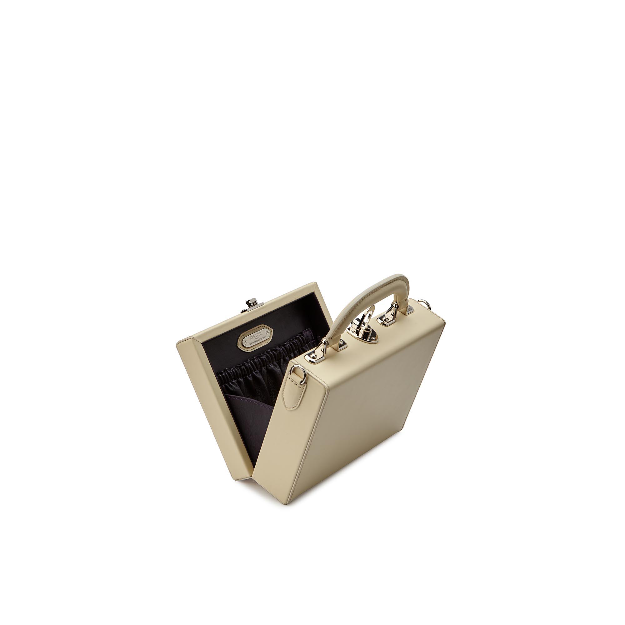 Mini-Squared-Bertoncina-ivory-french-calf-Bertoni-1949_03