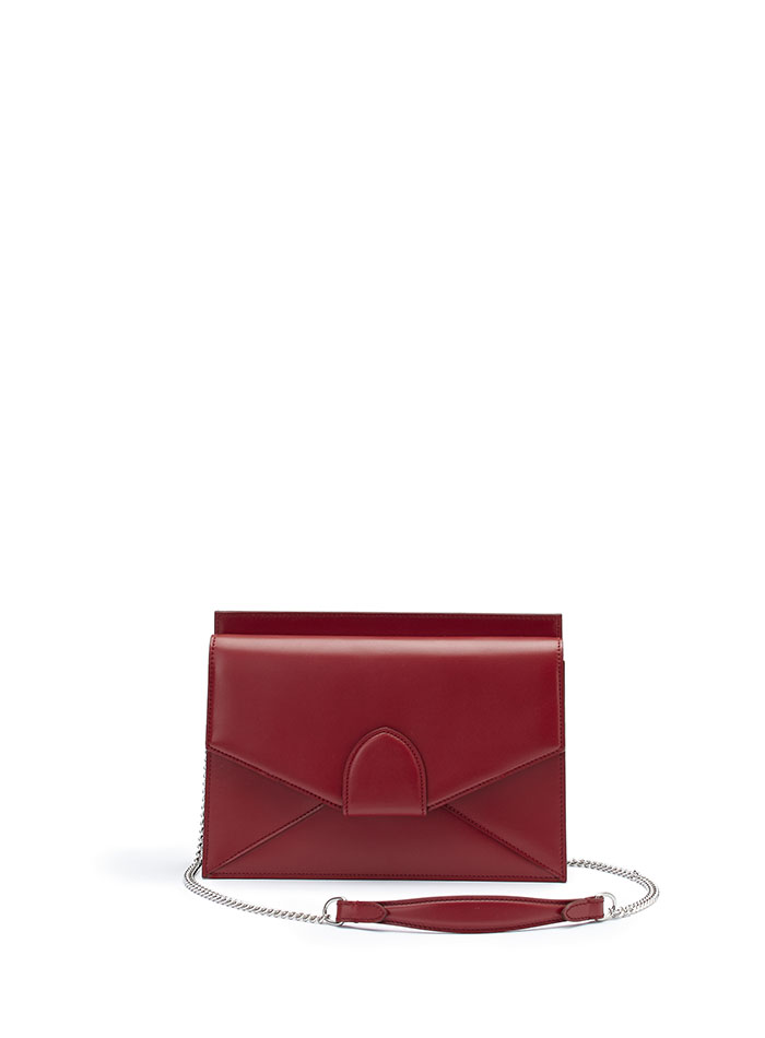 The red french calf Dafne Chain bag by Bertoni 1949