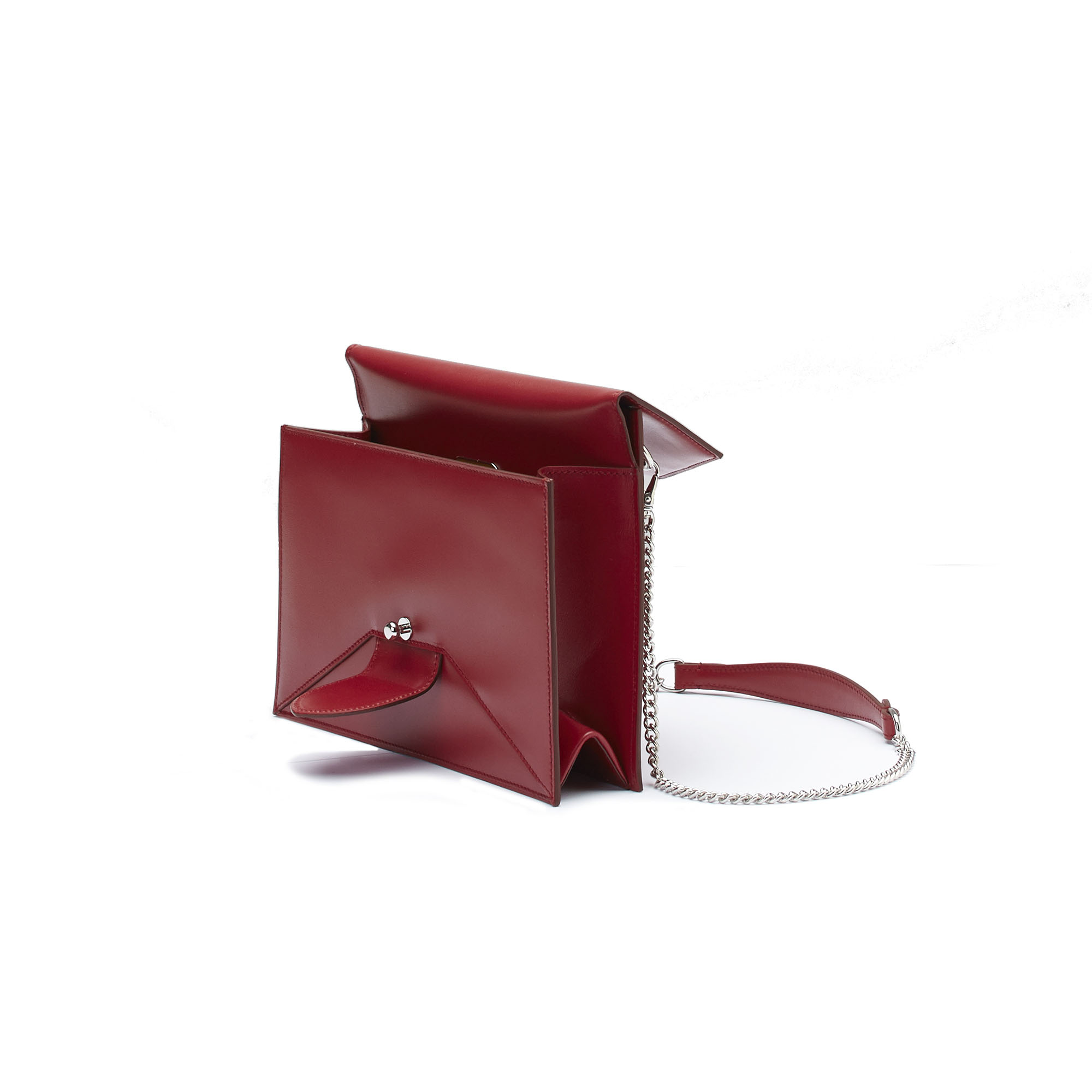 The red french calf Dafne Chain bag by Bertoni 1949 03