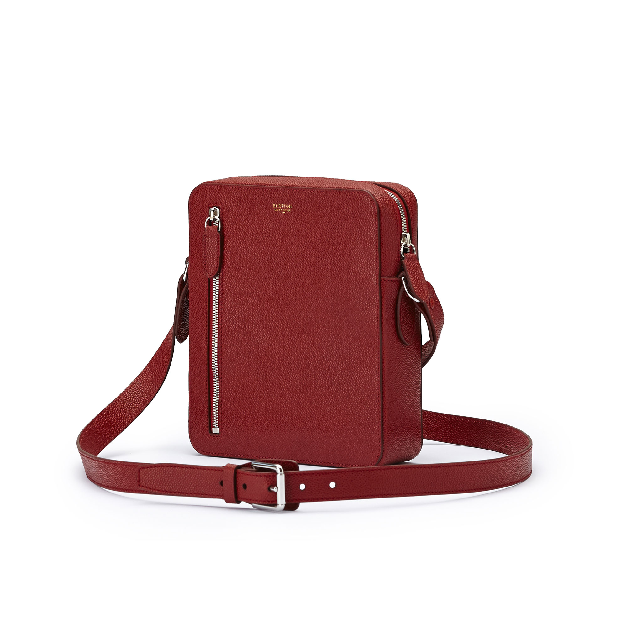 The red grain calf Man Bag by Bertoni 1949 02