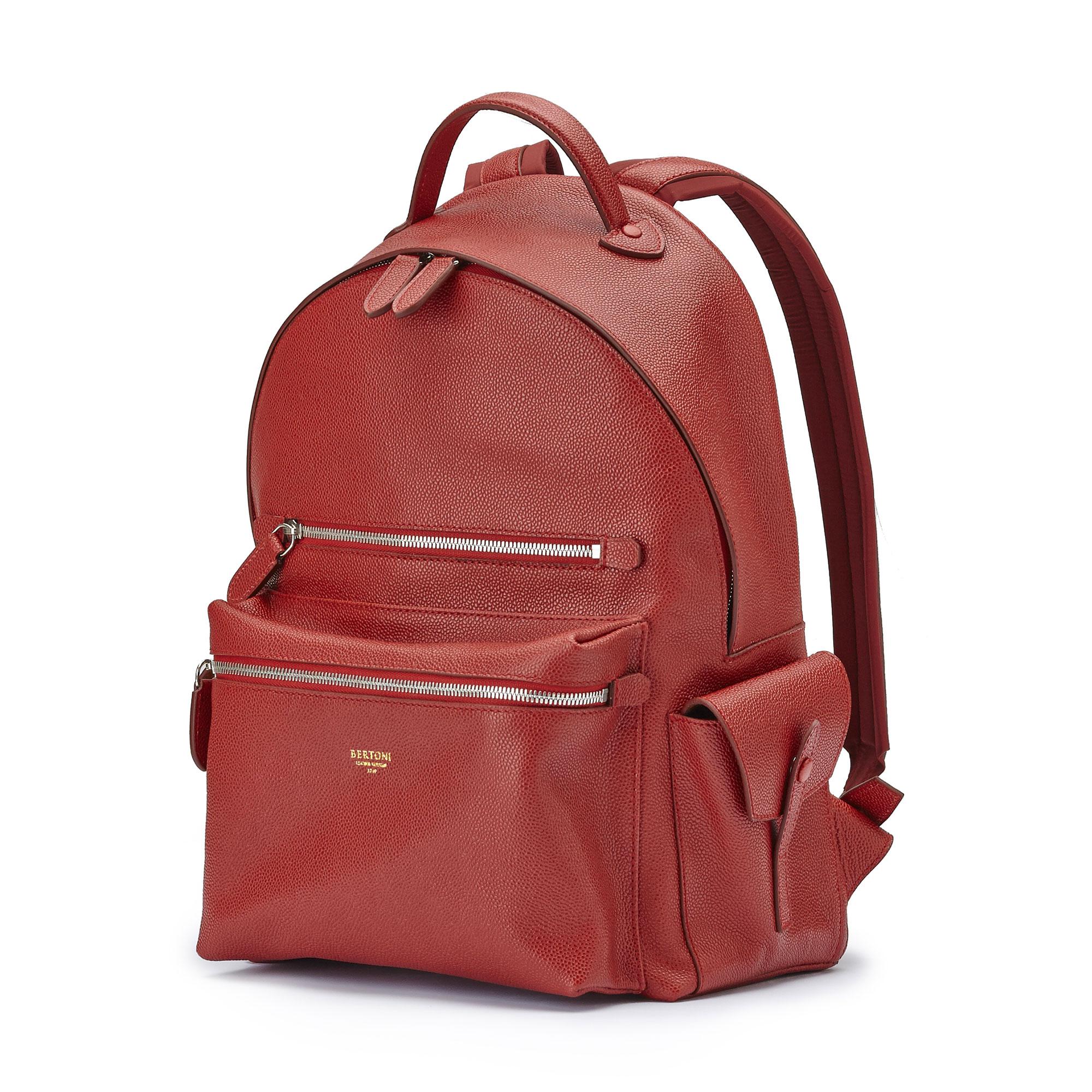 The red grain calf Zip Backpack by Bertoni 1949 02