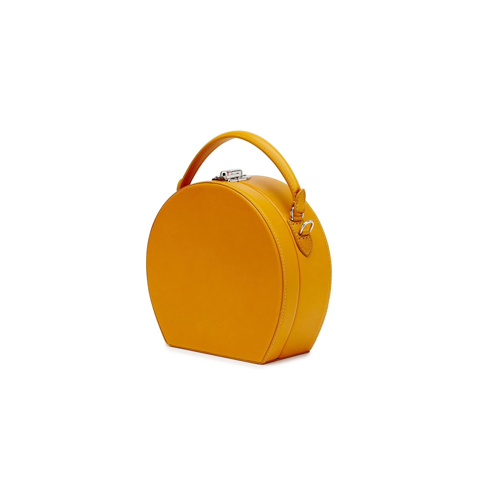 Regular-Bertoncina-mustard-french-calf-bag-Bertoni-1949_02