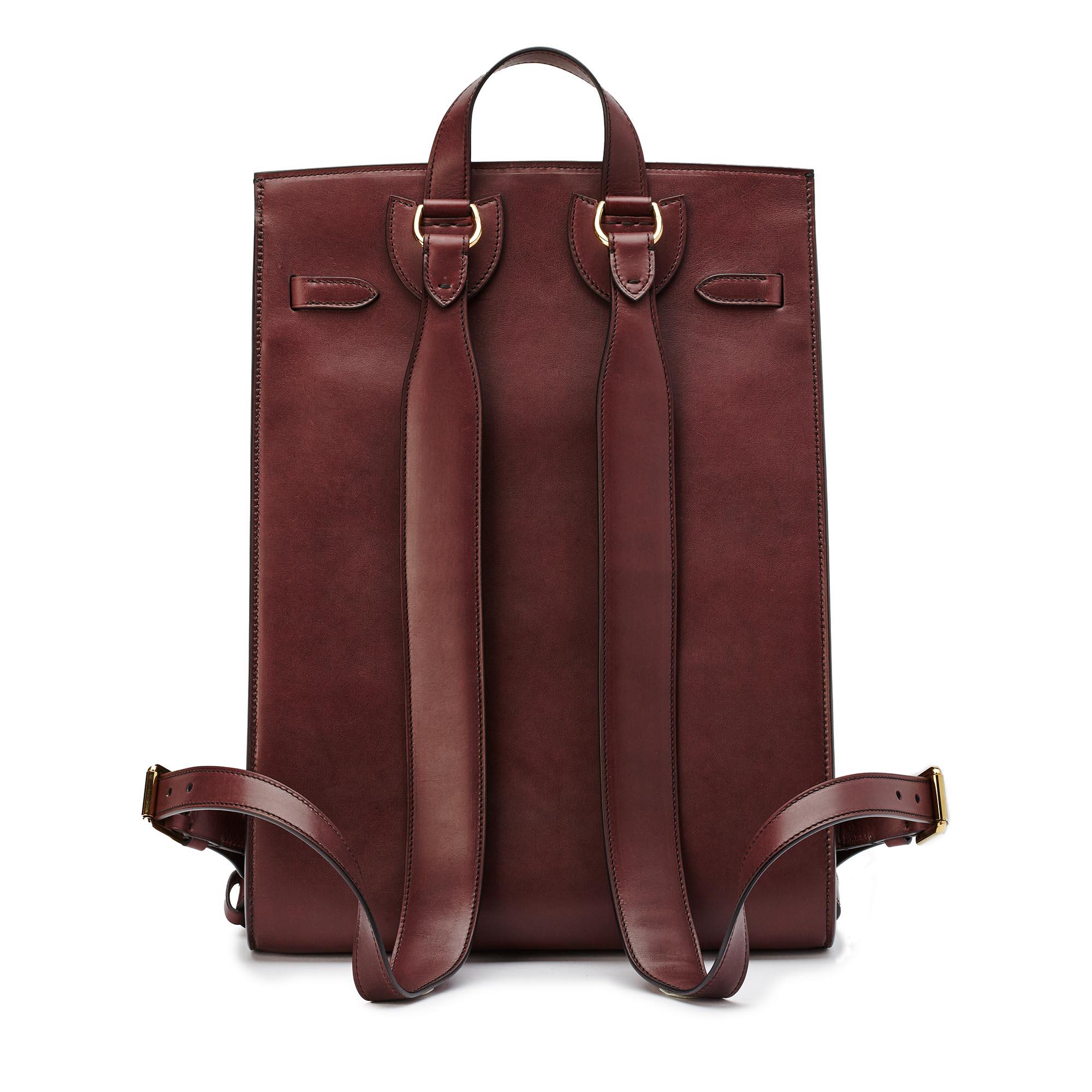 Signature-Backpack-bordeaux-french-calf-bag-Bertoni-1949_02