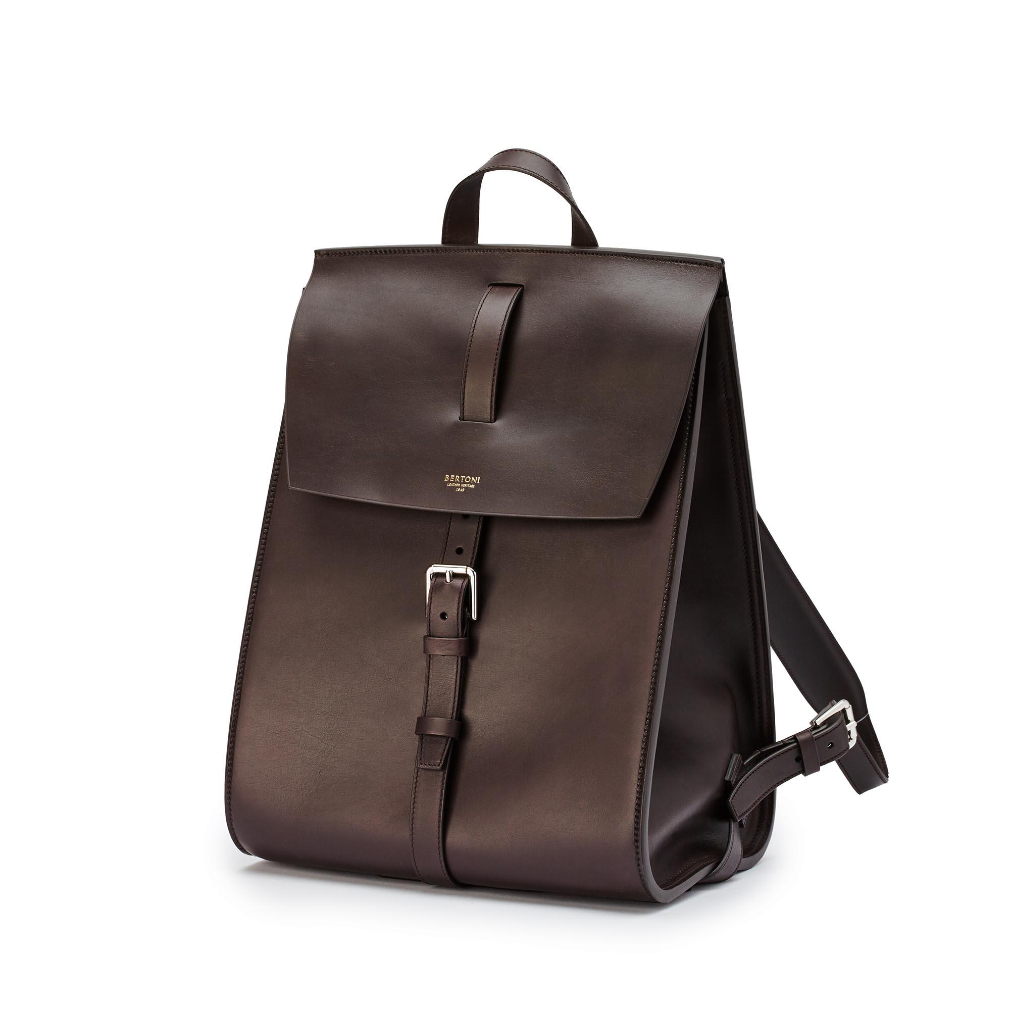 Signature-Backpack-dark-brown-french-calf-bag-Bertoni-1949_01