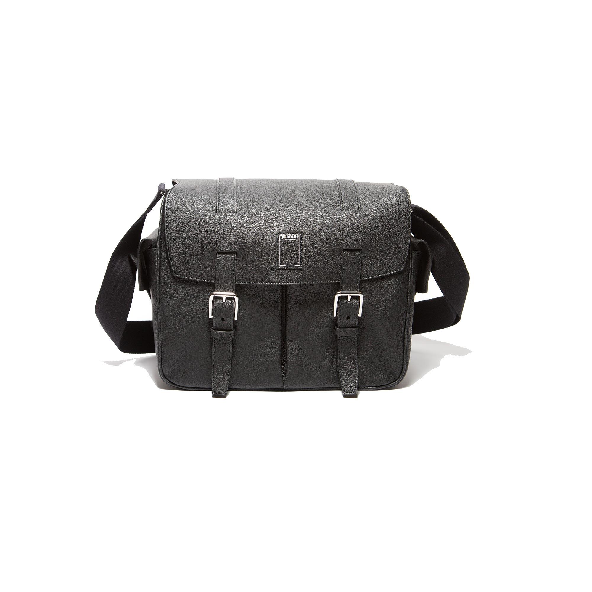 Traveller-Messenger-black-rock-calf-bag-Bertoni-1949