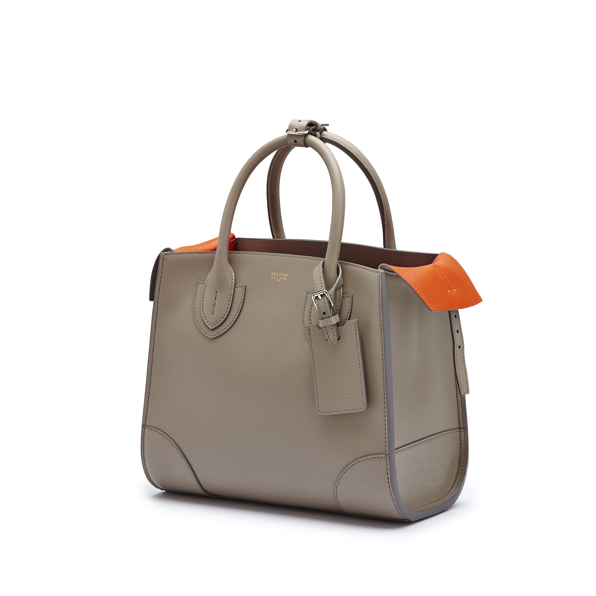 The taupe french calf Darcy medium bag by Bertoni 1949 04