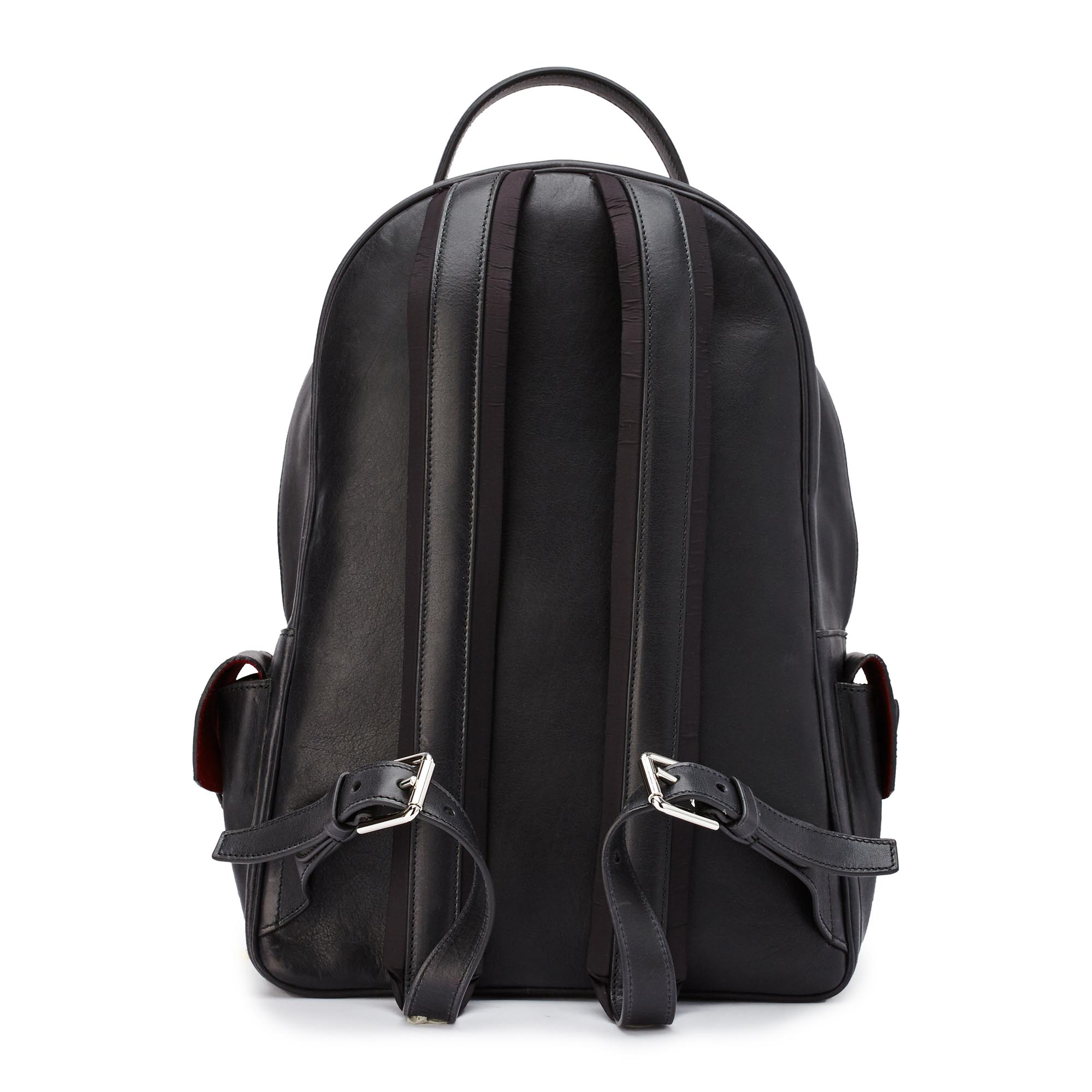 Zip-Backpack-black-rock-calf-Bertoni-1949_02