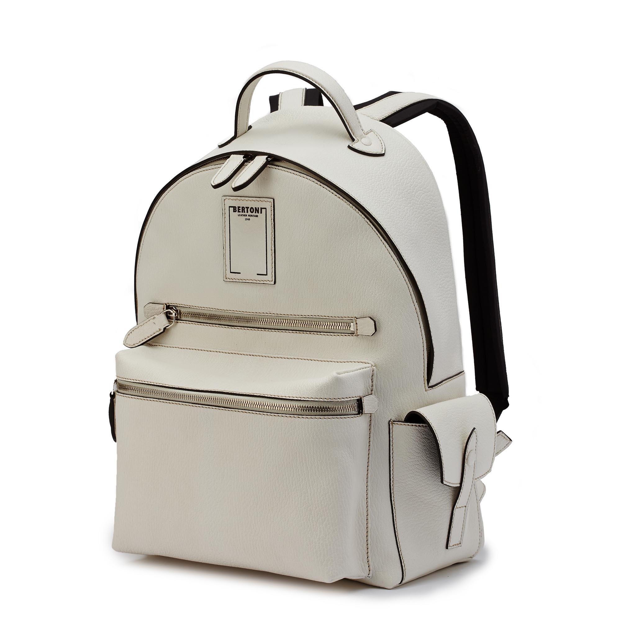 Zip-Backpack-ivory-goat-skin-Bertoni-1949_01
